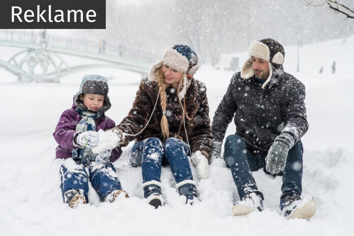 En familie i sneen